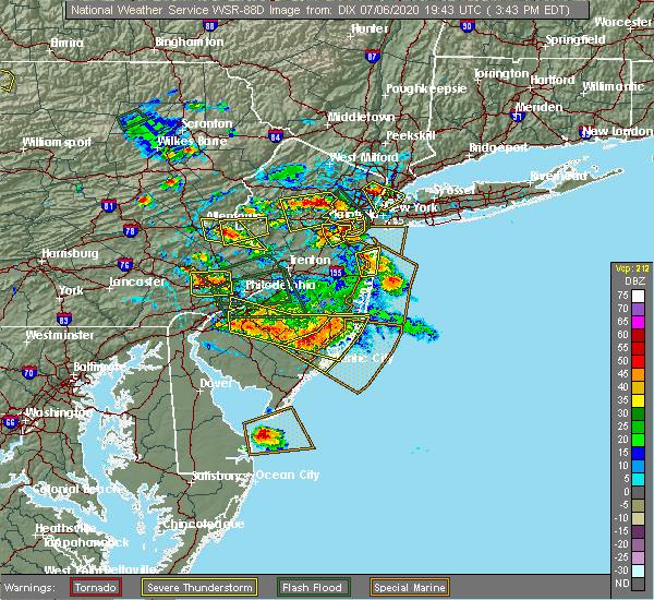Radar Image for Severe Thunderstorms near Clayton, NJ at 7/6/2020 3:50 PM EDT