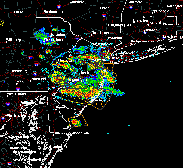 Radar Image for Severe Thunderstorms near Spring City, PA at 7/6/2020 3:55 PM EDT