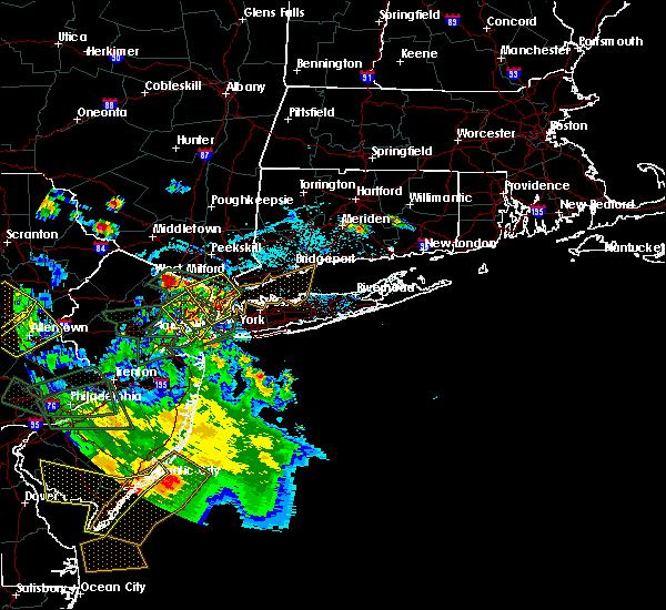Radar Image for Severe Thunderstorms near Upper Brookville, NY at 7/6/2020 5:06 PM EDT