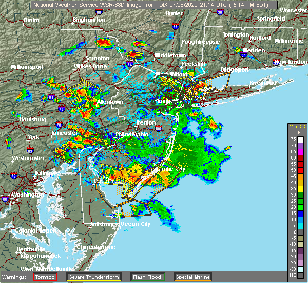 Radar Image for Severe Thunderstorms near Bechtelsville, PA at 7/6/2020 5:20 PM EDT
