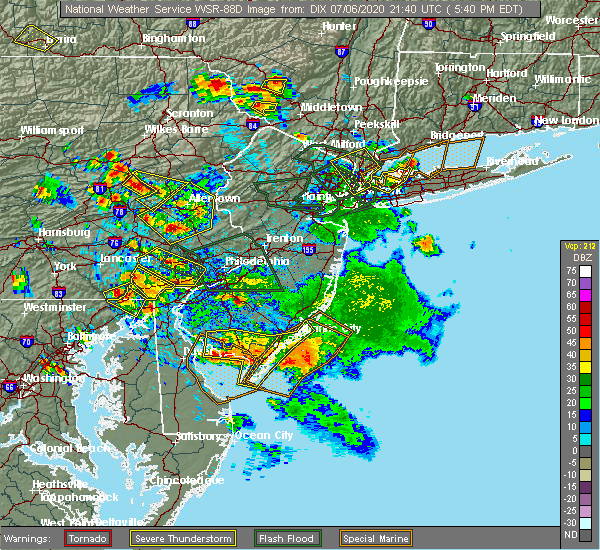 Radar Image for Severe Thunderstorms near Bechtelsville, PA at 7/6/2020 5:47 PM EDT