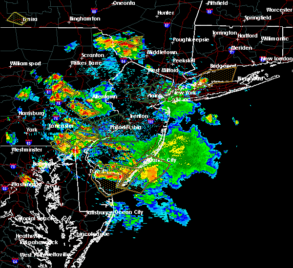 Radar Image for Severe Thunderstorms near Bally, PA at 7/6/2020 5:56 PM EDT