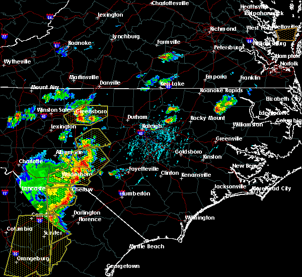 Radar Image for Severe Thunderstorms near Fayetteville, NC at 6/30/2015 6:10 PM EDT