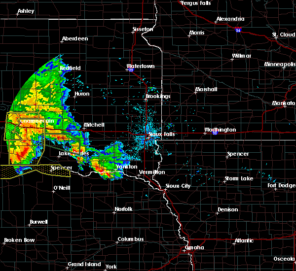 Radar Image for Severe Thunderstorms near Platte, SD at 7/7/2020 12:59 AM CDT