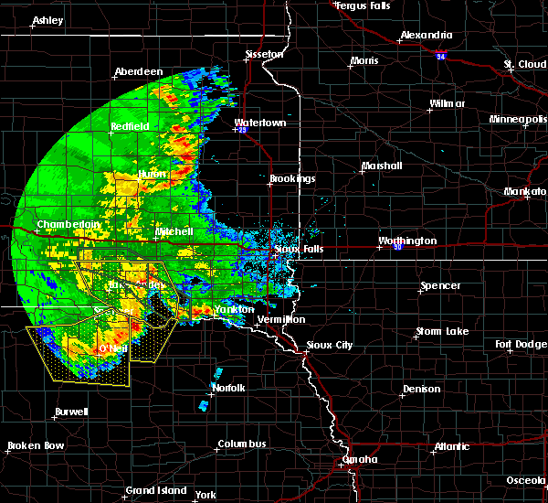 Radar Image for Severe Thunderstorms near Springfield, SD at 7/7/2020 2:21 AM CDT