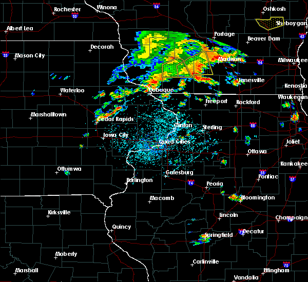 Radar Image for Severe Thunderstorms near Springville, IA at 7/7/2020 5:22 PM CDT