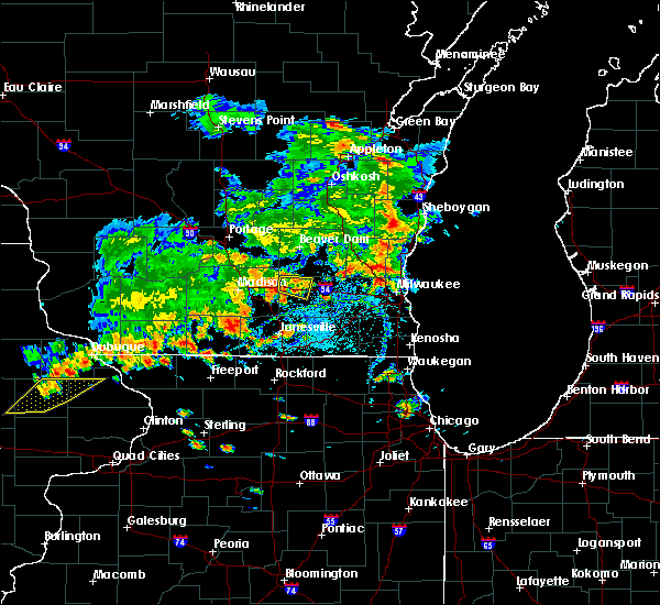Radar Image for Severe Thunderstorms near Jefferson, WI at 7/7/2020 5:55 PM CDT