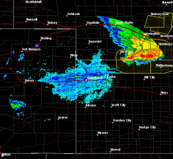 Radar Image for Severe Thunderstorms near Norton, KS at 7/8/2020 10:51 PM CDT