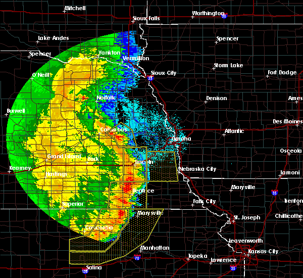 Radar Image for Severe Thunderstorms near Wymore, NE at 7/9/2020 1:22 AM CDT