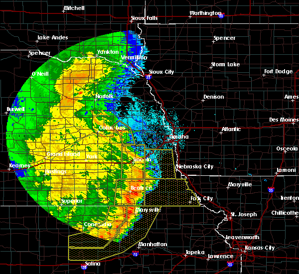 Radar Image for Severe Thunderstorms near Wymore, NE at 7/9/2020 1:32 AM CDT