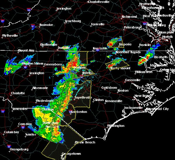 Radar Image for Severe Thunderstorms near Fayetteville, NC at 6/30/2015 7:45 PM EDT