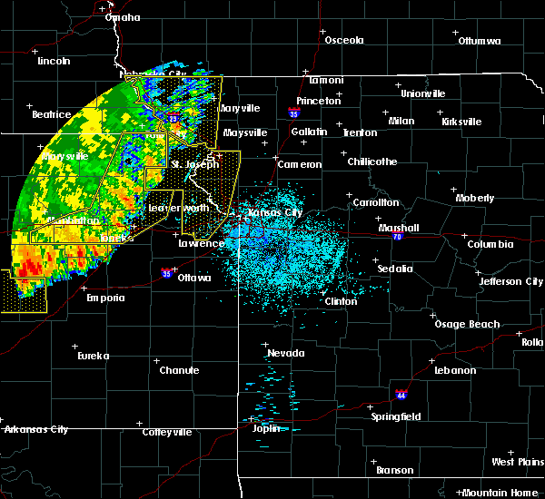 Radar Image for Severe Thunderstorms near Severance, KS at 7/9/2020 3:10 AM CDT