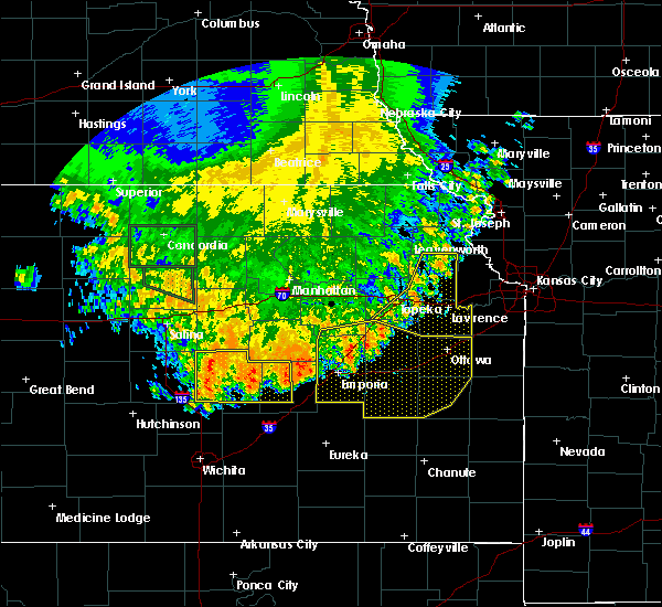 Radar Image for Severe Thunderstorms near Bushong, KS at 7/9/2020 3:32 AM CDT