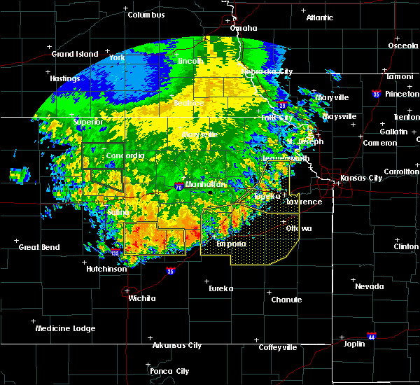 Radar Image for Severe Thunderstorms near Overbrook, KS at 7/9/2020 3:37 AM CDT