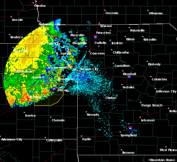 Radar Image for Severe Thunderstorms near Overbrook, KS at 7/9/2020 4:09 AM CDT