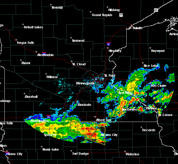 Radar Image for Severe Thunderstorms near Britt, IA at 7/9/2020 11:31 AM CDT