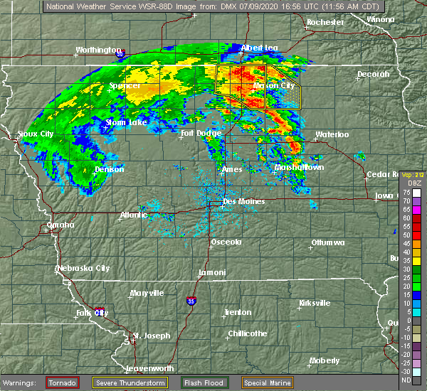 Radar Image for Severe Thunderstorms near Lake Mills, IA at 7/9/2020 12:02 PM CDT