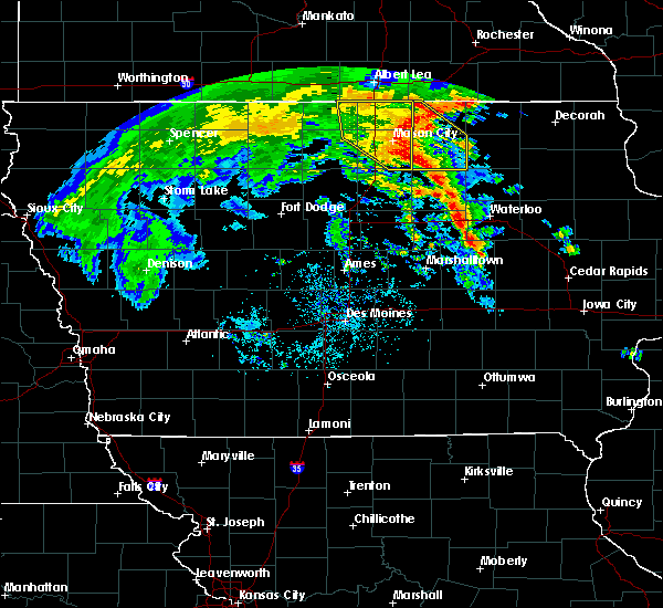 Radar Image for Severe Thunderstorms near Grafton, IA at 7/9/2020 12:17 PM CDT