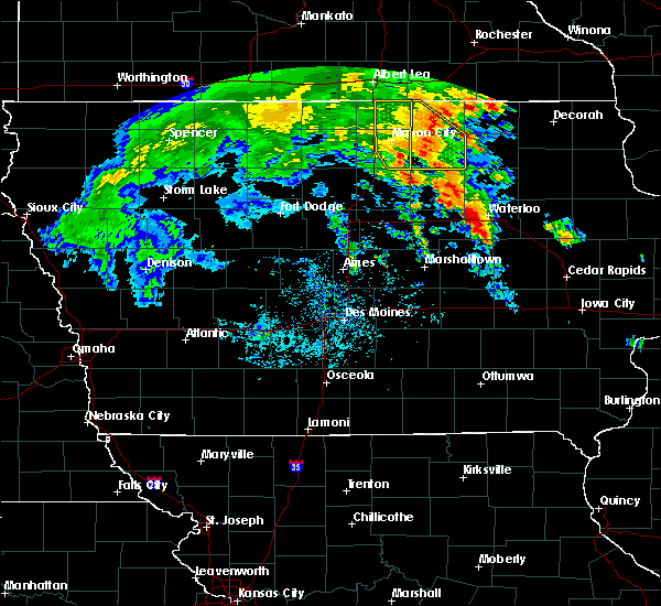 Radar Image for Severe Thunderstorms near Waterloo, IA at 7/9/2020 12:33 PM CDT