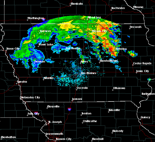Radar Image for Severe Thunderstorms near Northwood, IA at 7/9/2020 12:40 PM CDT