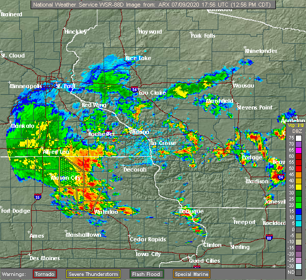 Radar Image for Severe Thunderstorms near Dunkerton, IA at 7/9/2020 1:01 PM CDT