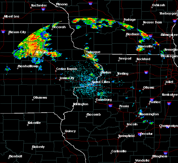 Radar Image for Severe Thunderstorms near Winthrop, IA at 7/9/2020 1:14 PM CDT