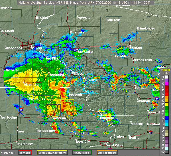 Radar Image for Severe Thunderstorms near Burr Oak, IA at 7/9/2020 1:47 PM CDT