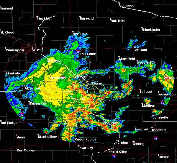 Radar Image for Severe Thunderstorms near Hokah, MN at 7/9/2020 3:00 PM CDT