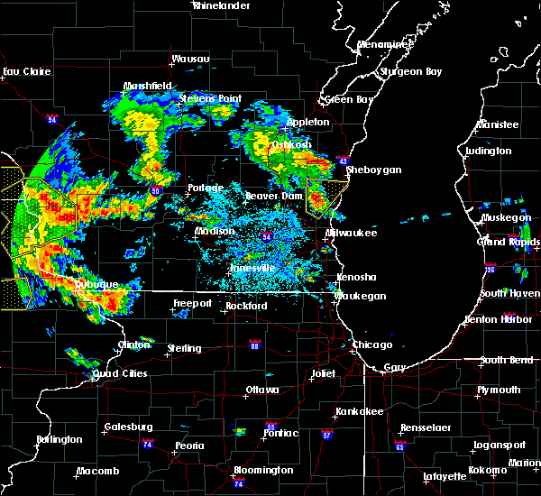 Radar Image for Severe Thunderstorms near Fredonia, WI at 7/9/2020 3:27 PM CDT