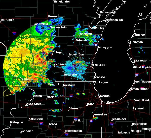 Radar Image for Severe Thunderstorms near Oxford, WI at 7/9/2020 4:58 PM CDT