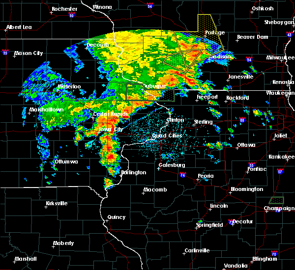 Radar Image for Severe Thunderstorms near Atalissa, IA at 7/9/2020 5:11 PM CDT