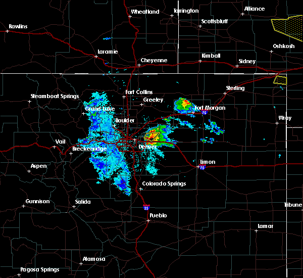 Radar Image for Severe Thunderstorms near Strasburg, CO at 7/9/2020 9:43 PM MDT