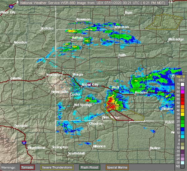 Radar Image for Severe Thunderstorms near Batesland, SD at 7/10/2020 6:28 PM MDT