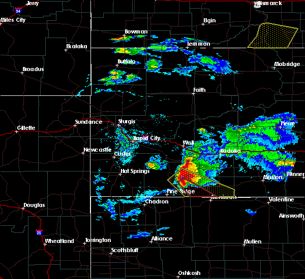 Radar Image for Severe Thunderstorms near Batesland, SD at 7/10/2020 6:37 PM MDT