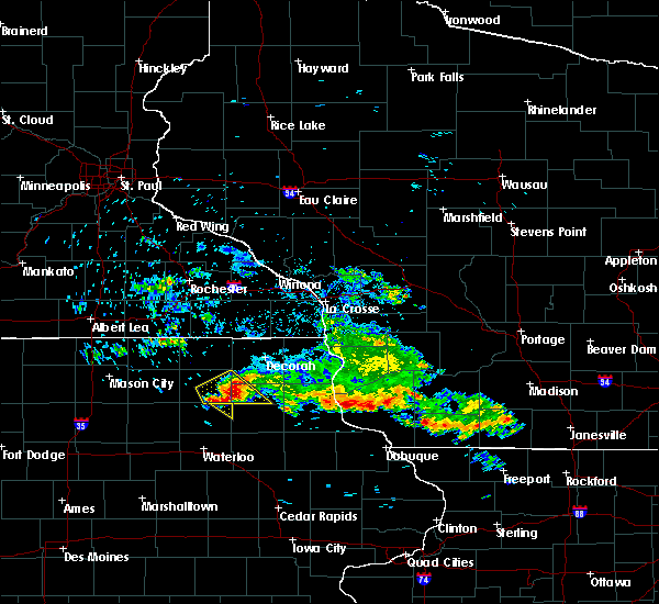 Radar Image for Severe Thunderstorms near Westgate, IA at 7/11/2020 8:51 AM CDT