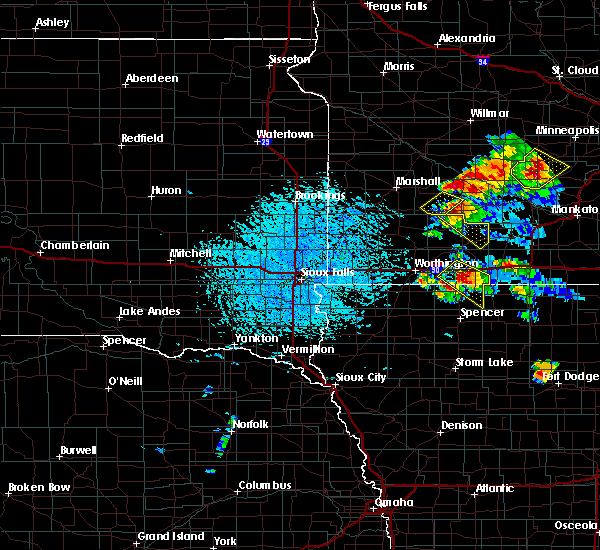 Radar Image for Severe Thunderstorms near Jackson, MN at 7/11/2020 2:12 PM CDT