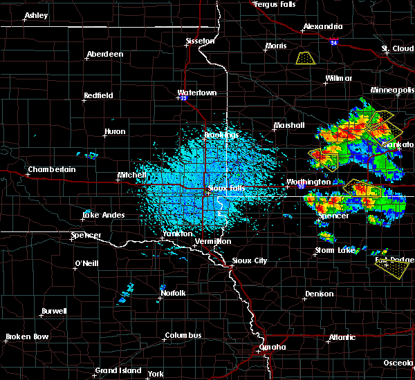 Radar Image for Severe Thunderstorms near Milford, IA at 7/11/2020 2:35 PM CDT