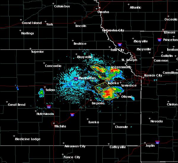 Radar Image for Severe Thunderstorms near Topeka, KS at 7/11/2020 2:47 PM CDT