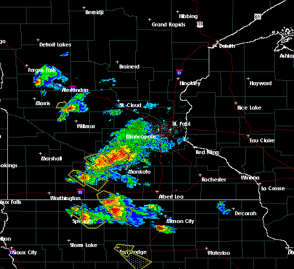 Radar Image for Severe Thunderstorms near Vernon Center, MN at 7/11/2020 3:06 PM CDT