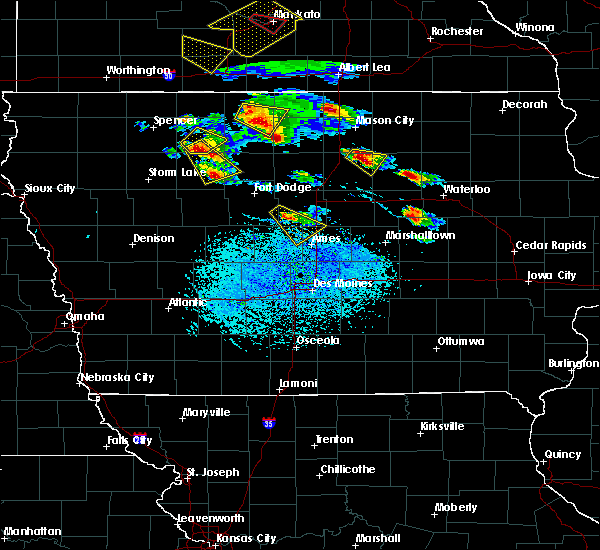 Radar Image for Severe Thunderstorms near Hutchins, IA at 7/11/2020 3:27 PM CDT