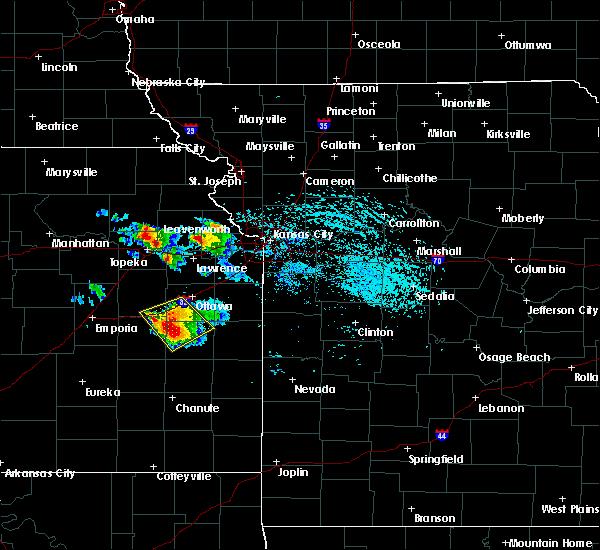 Radar Image for Severe Thunderstorms near De Soto, KS at 7/11/2020 3:29 PM CDT