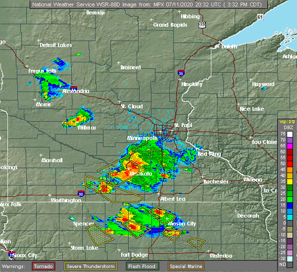 Radar Image for Severe Thunderstorms near St. James, MN at 7/11/2020 3:39 PM CDT