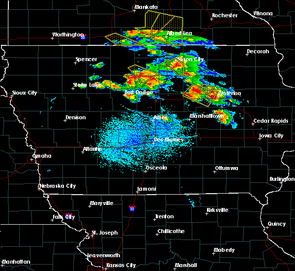 Radar Image for Severe Thunderstorms near Waterloo, IA at 7/11/2020 4:09 PM CDT