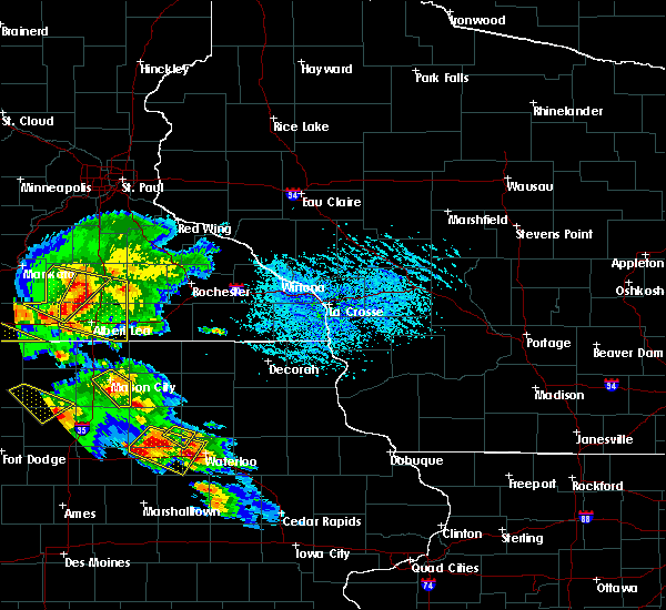 Radar Image for Severe Thunderstorms near Adams, MN at 7/11/2020 4:22 PM CDT