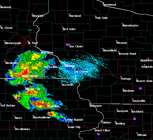 Radar Image for Severe Thunderstorms near Rochester, MN at 7/11/2020 4:34 PM CDT