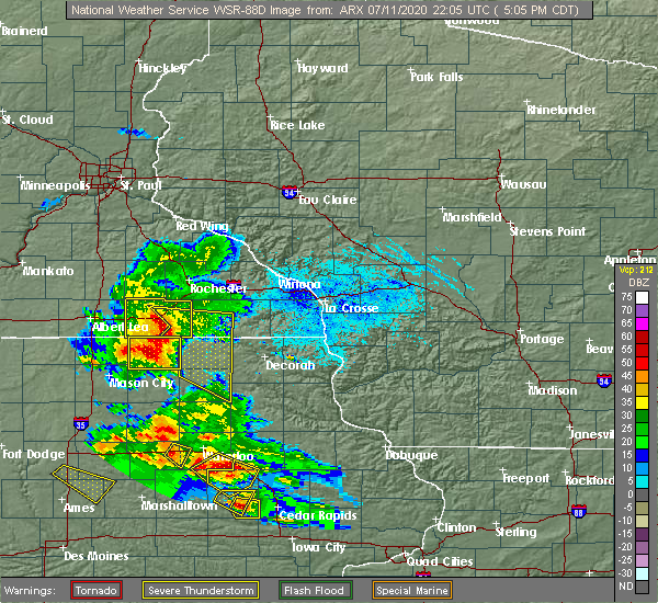 Radar Image for Severe Thunderstorms near Chester, IA at 7/11/2020 5:14 PM CDT