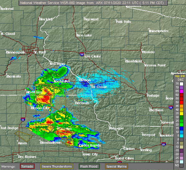 Radar Image for Severe Thunderstorms near Chester, IA at 7/11/2020 5:22 PM CDT