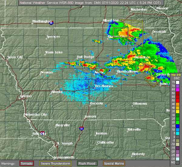 Radar Image for Severe Thunderstorms near State Center, IA at 7/11/2020 5:32 PM CDT