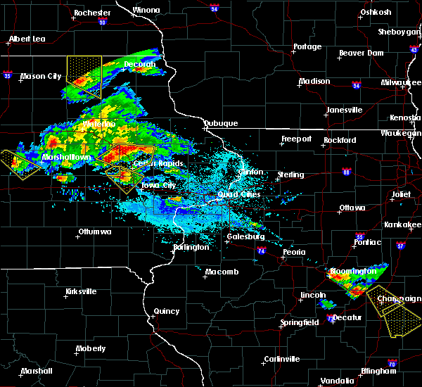 Radar Image for Severe Thunderstorms near Tiffin, IA at 7/11/2020 5:41 PM CDT