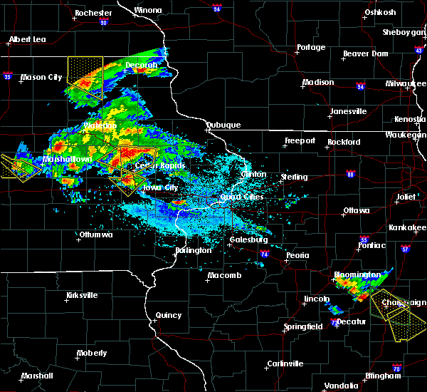 Radar Image for Severe Thunderstorms near Tiffin, IA at 7/11/2020 5:48 PM CDT